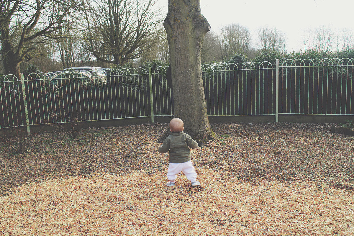 Picture Vomit - My Favourite Photos Of The Month; Grandad hiding from toddler behind tree at the park