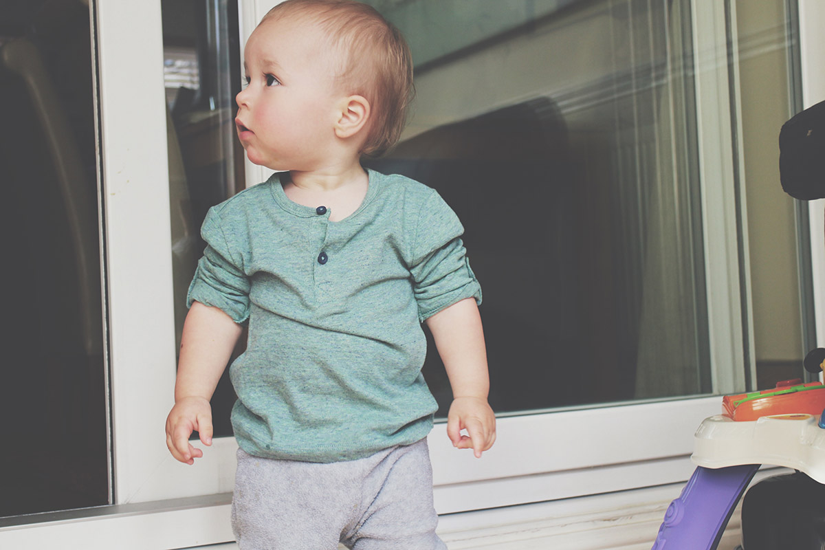 Fashion Friday // 020; Toddler wearing H&M grandad top and Gap PJ bottoms