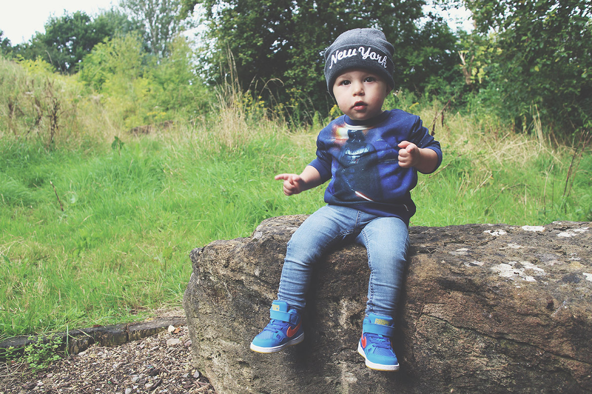 Fashion Friday; Great Kid, Don't Get Cocky // 031 - Toddler wearing New York grey beanie hat, Star Wars night sky H&M sweatshirt, jeggings and Nike blue trainers