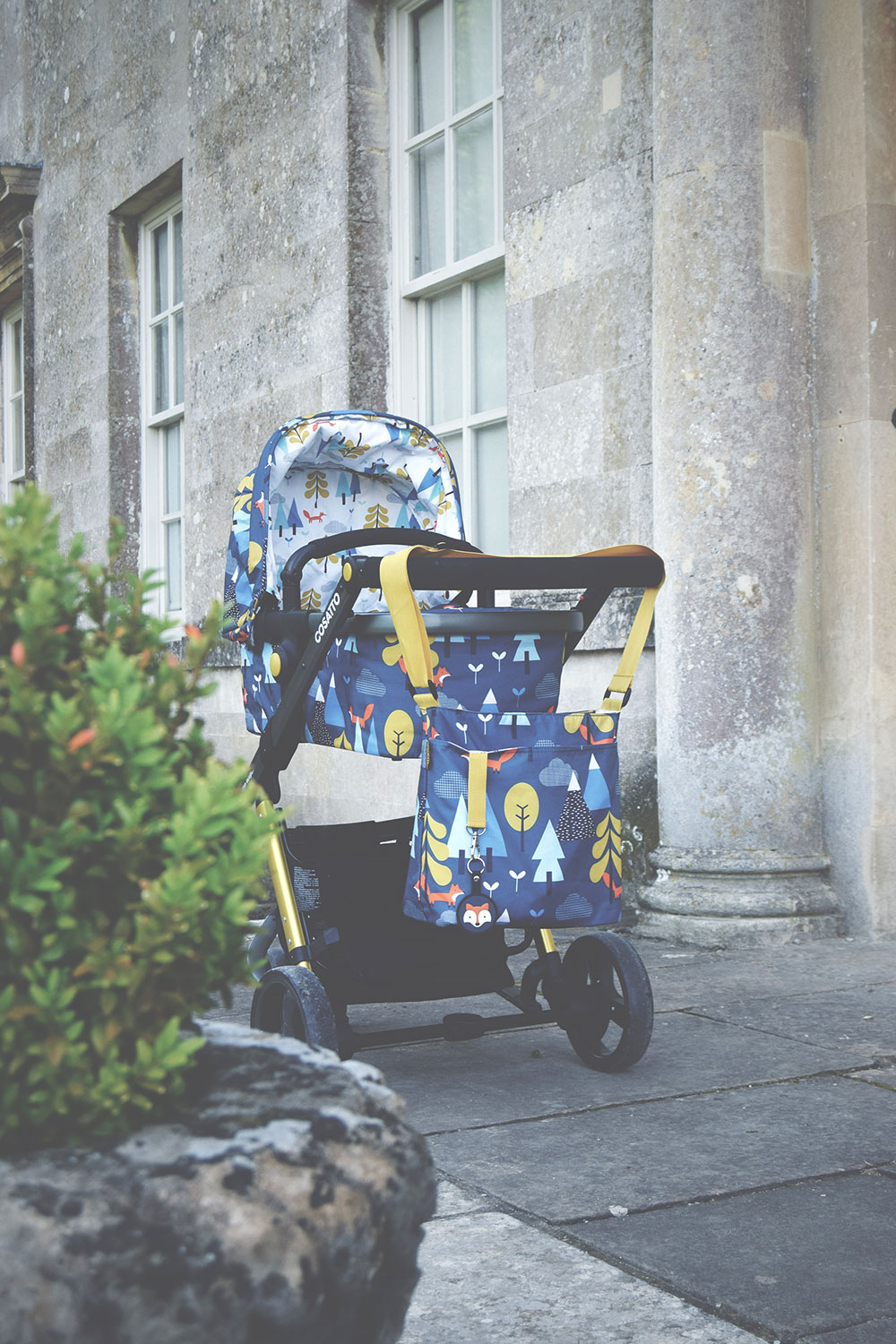 Our first thoughts on the drool-worthy Cosatto Giggle 2 travel system! - Cosatto Giggle 2 Travel System complete with carrycot, pushchair, raincover, cosy kit, with bumper bar, all-round suspension, spacious storage basket, from birth to toddler in fox tale print from Winstanley's Pramworld