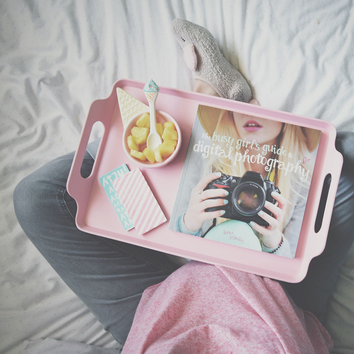 Our month in insta-snaps; June 2016 - Pregnant Mummy relaxing on bed reading photography book and drinking tea on pink Tiger tray