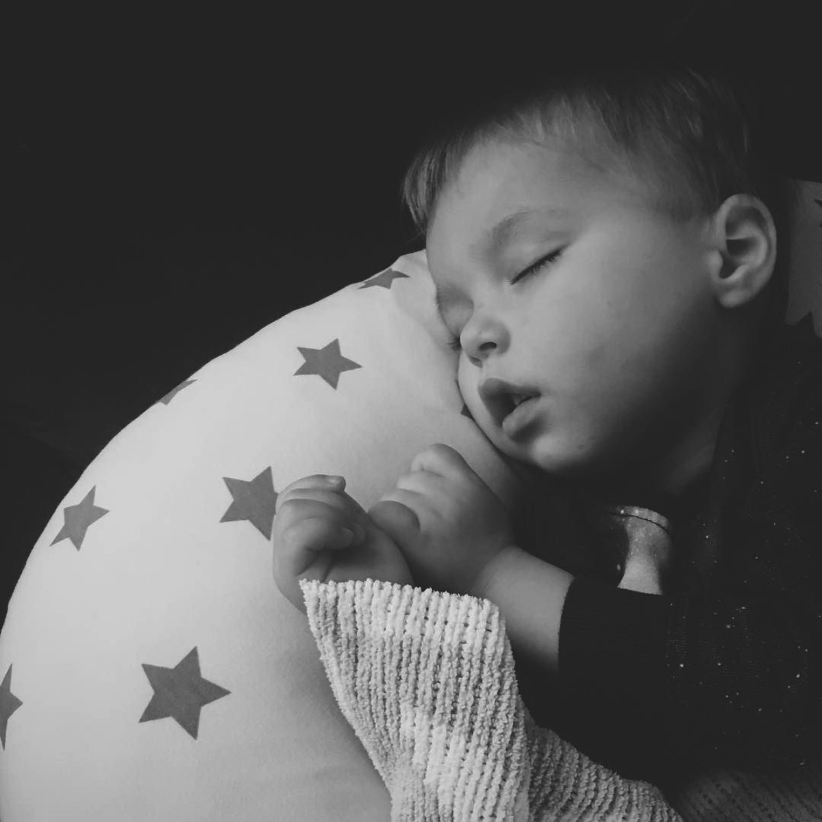 Our month in insta-snaps; October 2016 - Young toddler boy napping on Widgey starry nursing/feeding cushion