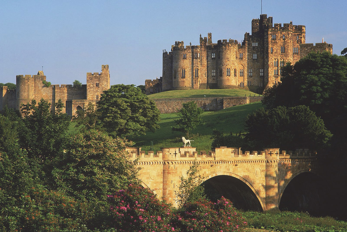 How to Holiday Like a Wizard - Alnwick Castle: Flying Lessons
